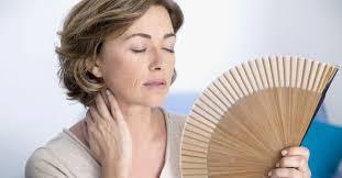 7 rimedi naturali per contrastare gli effetti della menopausa